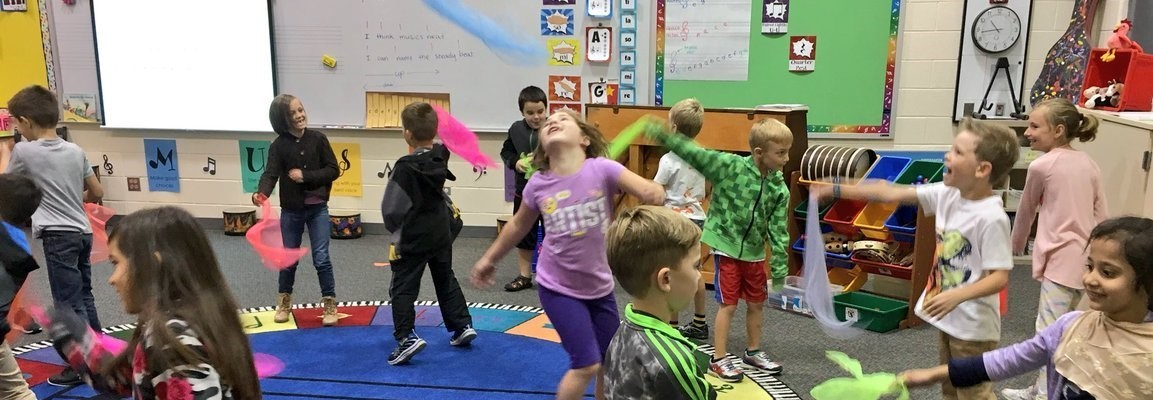 Harrison Street Elementary School Students Have fun in music class