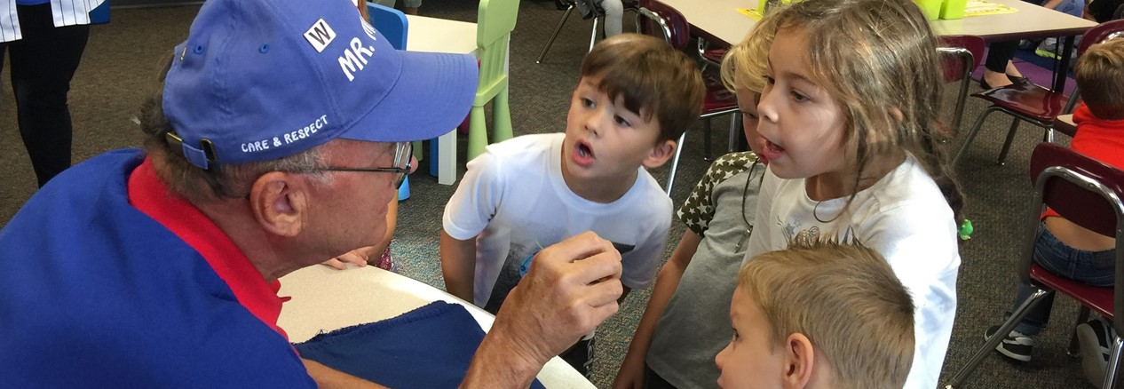Cubs Championship Ring Visits Williamsburg Elementary School