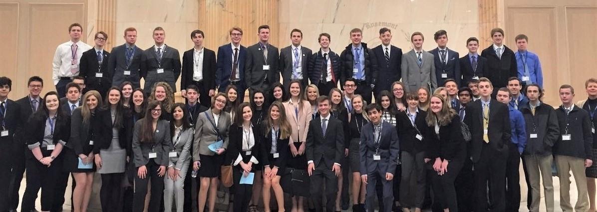 DECA Students 2018