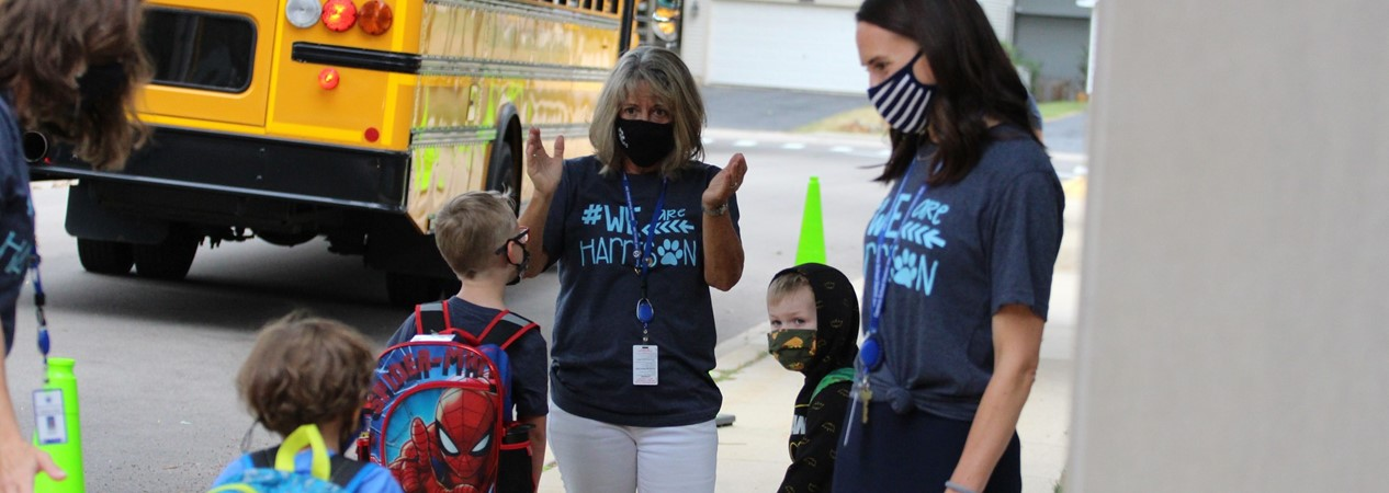 HSS Families Return to School