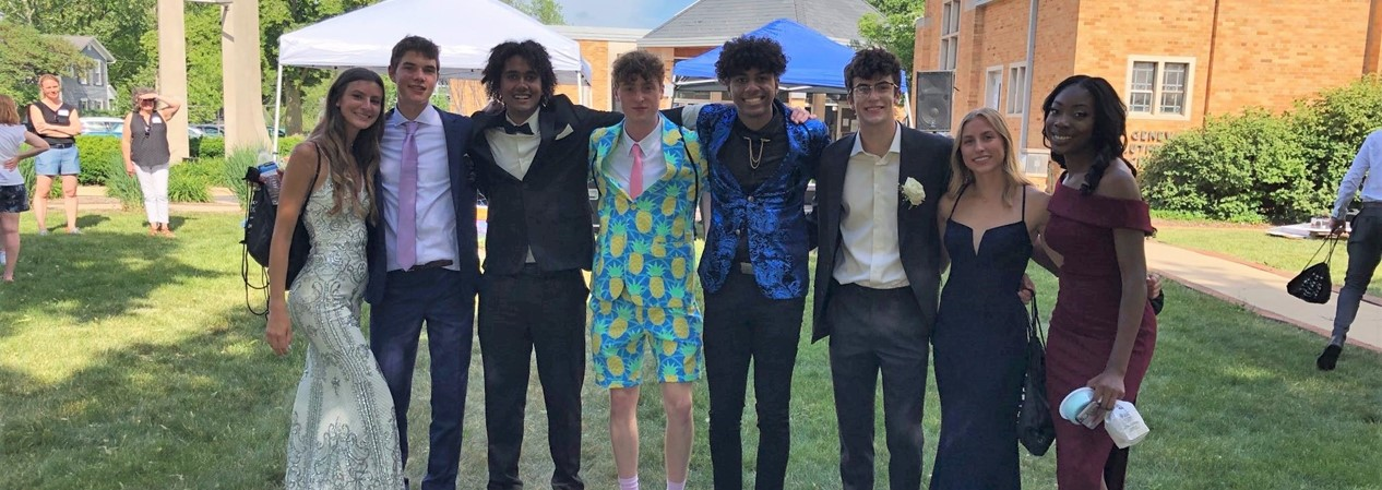 Prom Students1